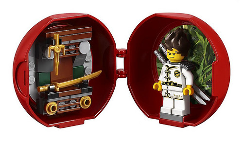 The LEGO Ninjago Movie Kai's Dojo Pod (5004916)